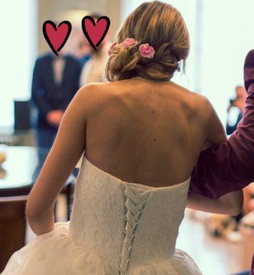 Robede mariée dentelle et voile